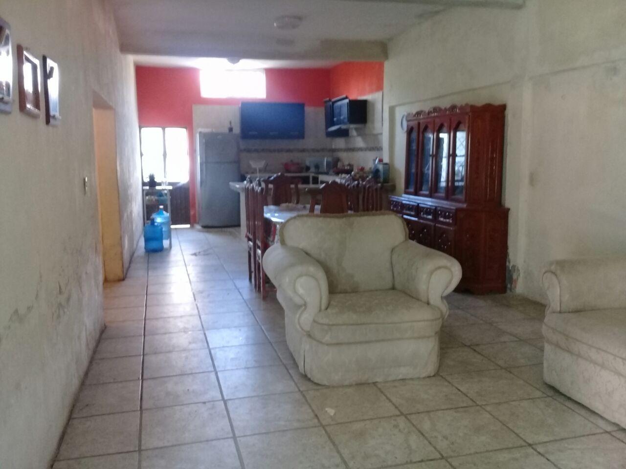 Casa amplia en venta en Teacapan Sinaloa.